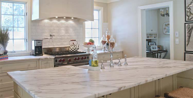 Encimeras de cocina baratas comparativa de materiales y - Precios encimeras de cocina ...
