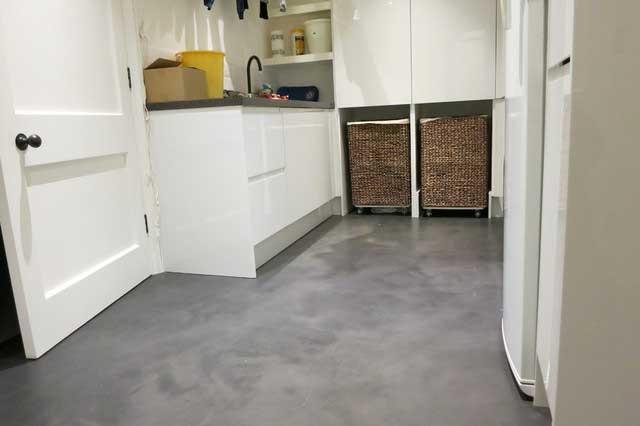 Consejos para utilizar microcemento en ba os y cocinas sin - Mejor suelo cocina ...
